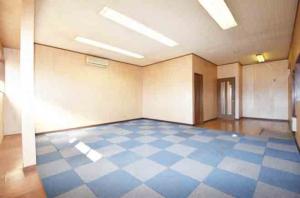 東金市小野倉庫室内2